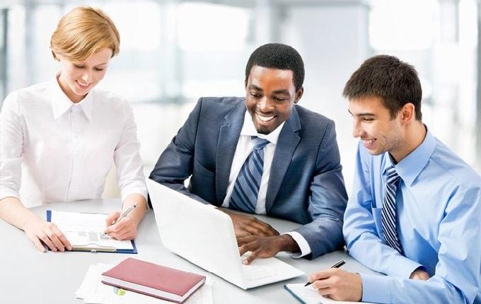 بررسی SOP توسط تیمهای متخصص در دانشگاههای معتبر
